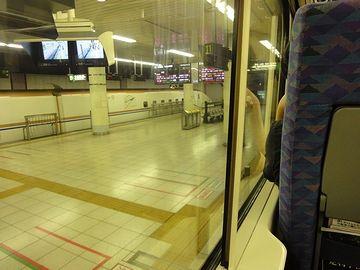 上野駅の地下ホーム