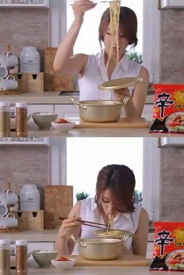 わたしも、鍋のまま食べたことはありますが……。こういう蓋の使い方は思いつきませんでした。脱帽。