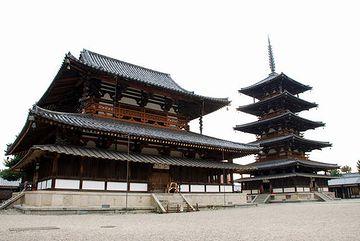 日本最古の木造建築・法隆寺