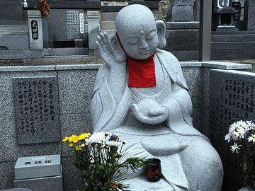 『愚痴聞き地蔵』。岡山県玉野市におわします。