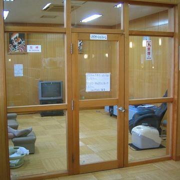 こちらは、脱衣室内にあるリラックスルーム