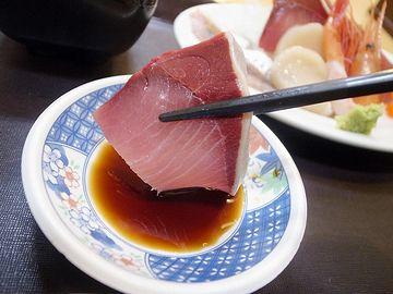 お刺身ってのは、生で食べられるほど新鮮な魚なんだから