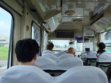 2015年8月30日(日)11:10分(現在は11:15分)発の恐山行きバス車内
