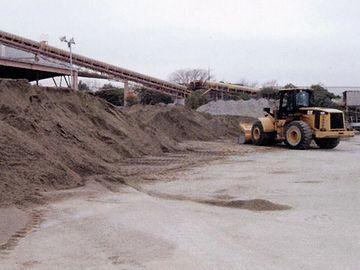 砂を置いた場所、すなわち資材置き場