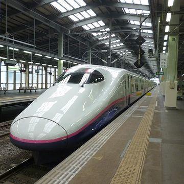 12番ホームの新幹線