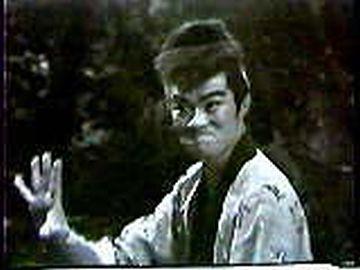 『蛇口一角』時代の財津一郎には、凄みがあったね