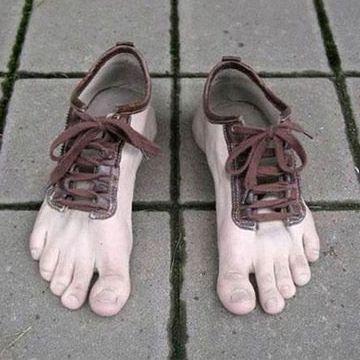 そんな靴、履きたくない