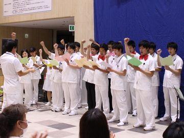 病院の合唱団に入ってるの