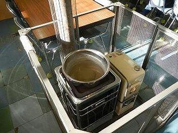 煙突式の石油ストーブ