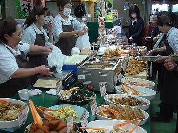 秋田市民市場・お総菜屋