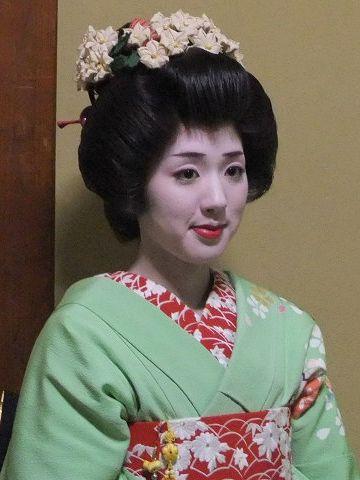 柳都振興・春花さん