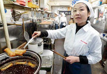 食堂のおばちゃんをしながら『松本清張賞』を受賞した山口恵以子さん