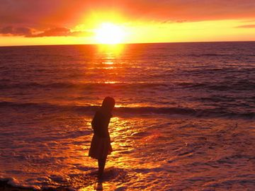 日本海ってのは、夕日が沈むからね