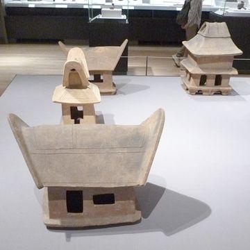 家形の埴輪