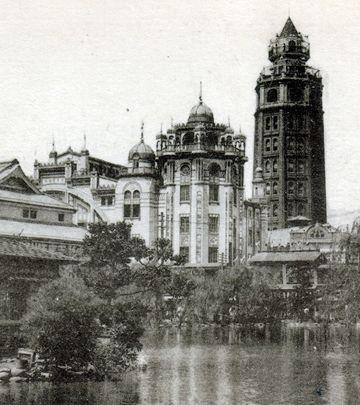 『凌雲閣』こと、浅草十二階。尖塔があるので、高さは52メートルだったそうです