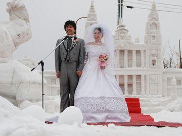 新潟県十日町市の雪上結婚式