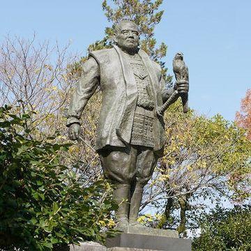 家康の銅像