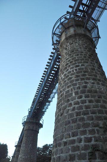まさに、小ぶりの『余部鉄橋』という感じでしょ?