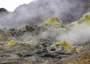 硫黄の臭い
