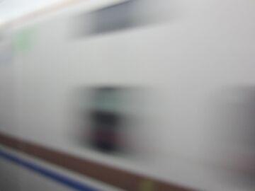 北陸新幹線とすれ違い