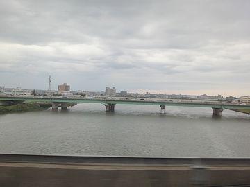 ここは、信濃川