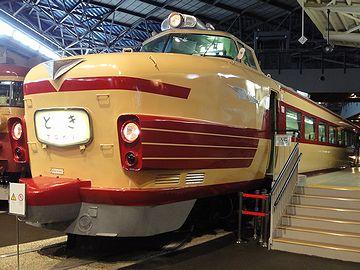 あの顔は、大宮の鉄道博物館で見た『特急とき』そっくりです