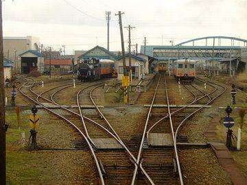 『五所川原駅』は、五能線で唯一の、終日駅員配置駅ですから