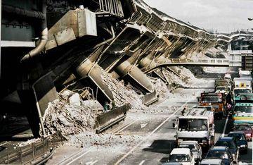1.17。阪神大震災。