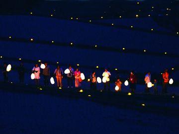 岐阜県恵那市の『坂折棚田』で行われる『田の神・灯祭り』