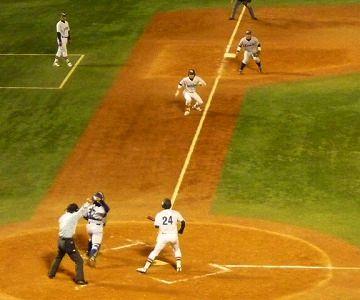 ホームベースから一三塁は、何メートルでした?
