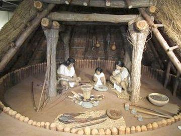 竪穴式住居から、通勤