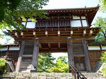 立派な久保田城表門