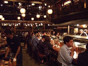お客は、日本人より外人さんが多い