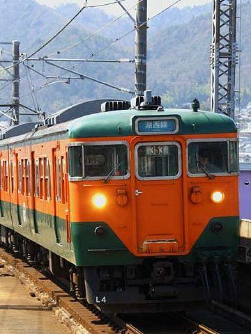 湖西線。新潟でも、この色の電車が走ってます。