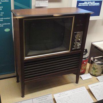 家具調テレビ
