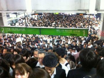 人身事故のあった品川駅