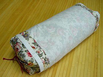 蕎麦殻枕は、シャリシャリと気持ちがいいものじゃ