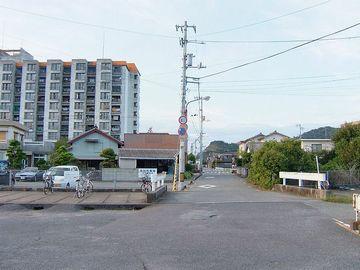 『中田(ちゅうでん)駅』前
