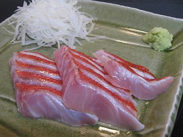 金目鯛の炙り刺身