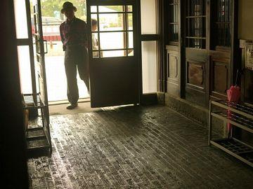 玄関です(間取り図の赤丸)