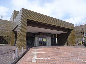 晩年には、新潟市美術館も設計されてます