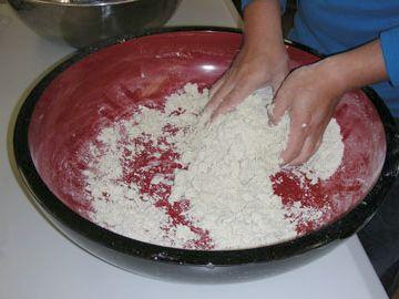 蕎麦なんて、粉を練ってあるだけ