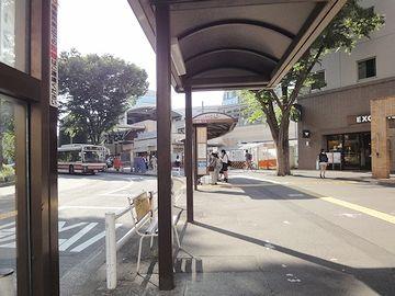『武蔵境駅』の南口を出ます