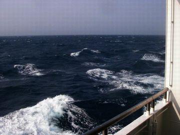 海が時化てるか聞いておられました