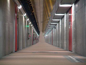新潟みなとトンネル・歩道トンネル