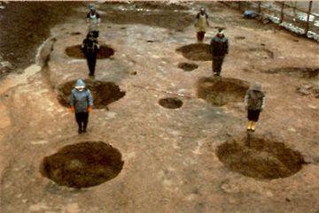 穴の間隔はすべて、4.2メートル