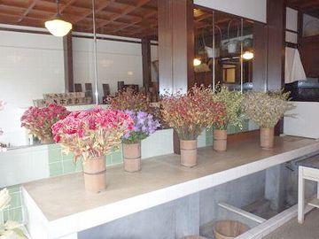 昭和30年台の花屋を再現したという店内