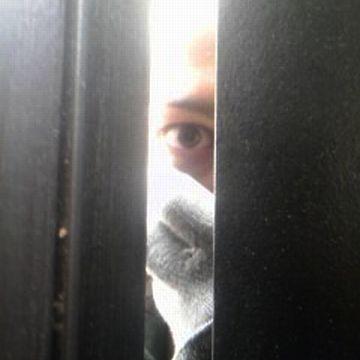 戸口で話したんじゃないですか?