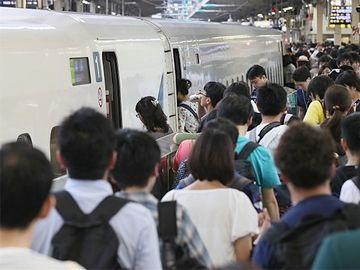 帰省ラッシュで混雑する『東京駅』