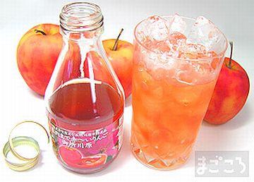 ポーランドでは、ウォッカのチェイサーとして、りんごジュースを飲むとか。割って飲めばいいのに。